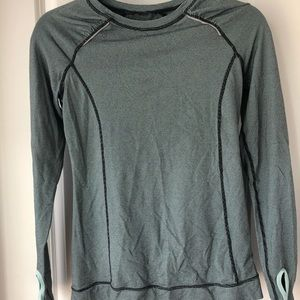 LUCY activewear long sleeve workout top